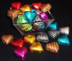 100-bombones-corazones-macizos-10-gr-papel-metalizado-1-kg-576301-MLA20309610957_052015-F
