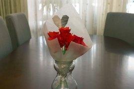 087_Ramo Rosas_rojas jarron