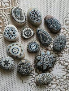 http://www.viralistas.com/ideas-convertir-rocas-en-arte/