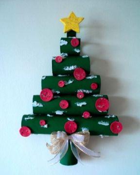 arbo-navidad-pared-tubos-carton