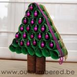 http://reciclaje.manualidadesartesanas.com/como-hacer-un-arbol-de-navidad-ecologico-con-tubos-de-papel-higienico/
