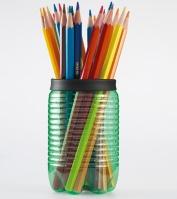 http://manualidadesparaninos.biz/portalapices-con-botella-de-plastico/