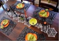 http://fotos.starmedia.com/2013/10/como-decorar-la-mesa-para-halloween-617454.html