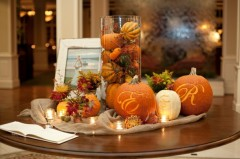 http://casaydiseno.com/decoracion/paisajes-de-otono-decorar-mesa.html