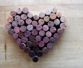 http://www.econotas.com/2014/01/corazones-reciclados-ideas.html