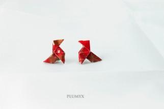 https://plumyx.wordpress.com/2017/03/17/pendientes-de-pajaritas-de-origami/