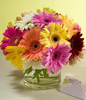 http://www.floresshantal.cl/productos_centros_de_mesa.php