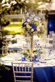 http://bodasyweddings.com/boda-azul-combinaciones-de-colores-bodas/