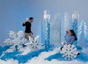 http://www.chicade15.com/2009/12/28/ideas-para-decorar-una-fiesta-de-15-estilo-invierno
